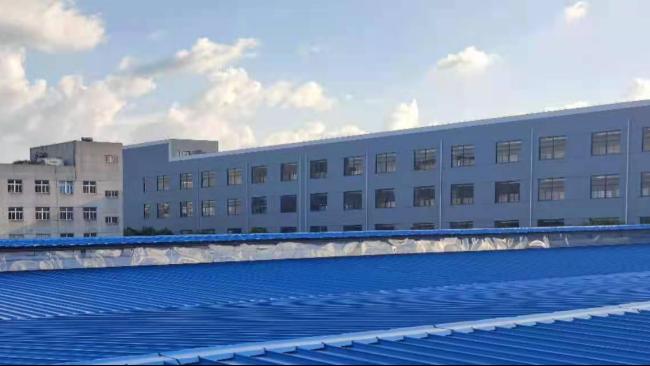 教您厂房漏水维修铺设彩钢板屋面的方法。