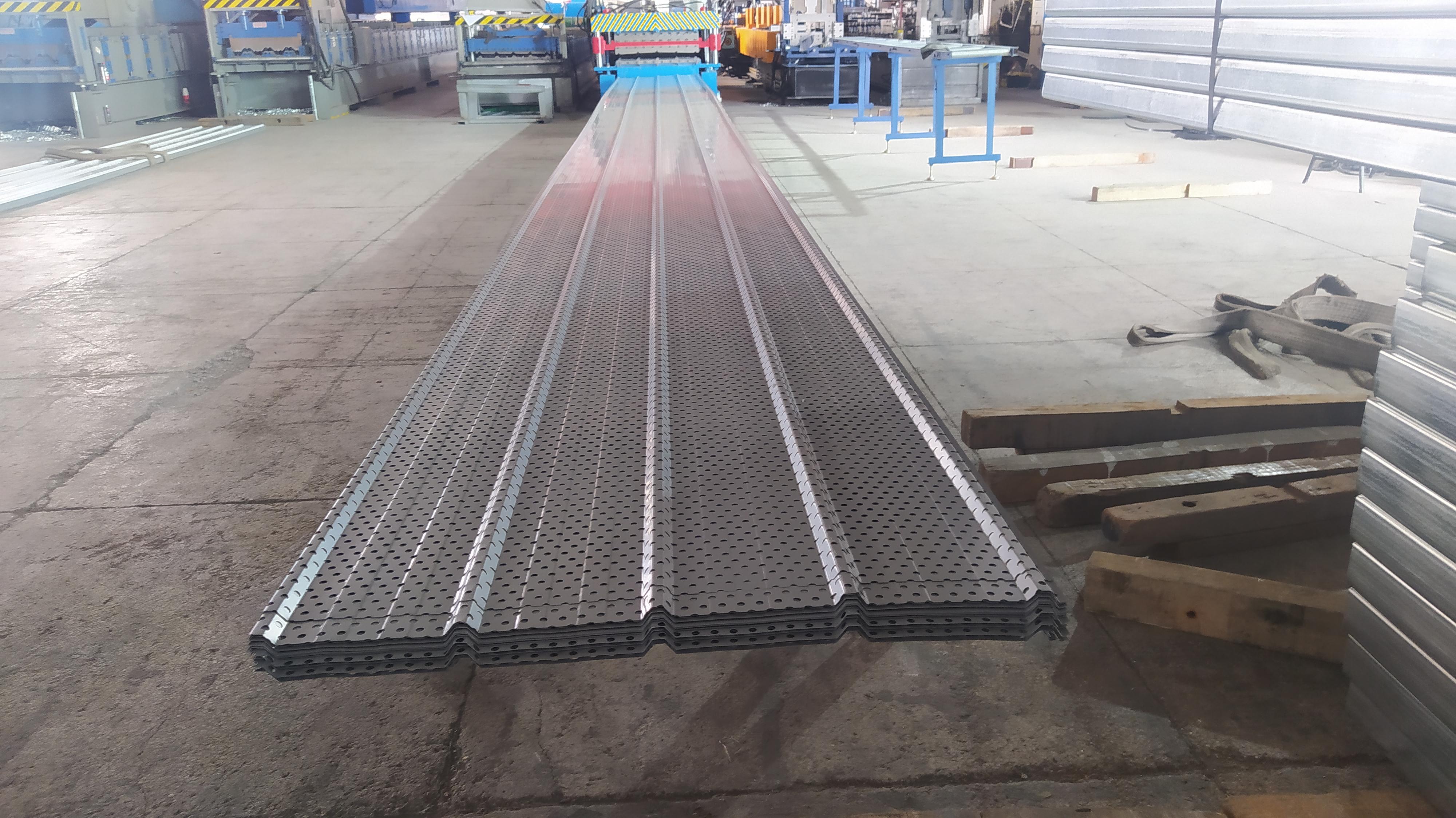 氟碳冲孔彩钢板