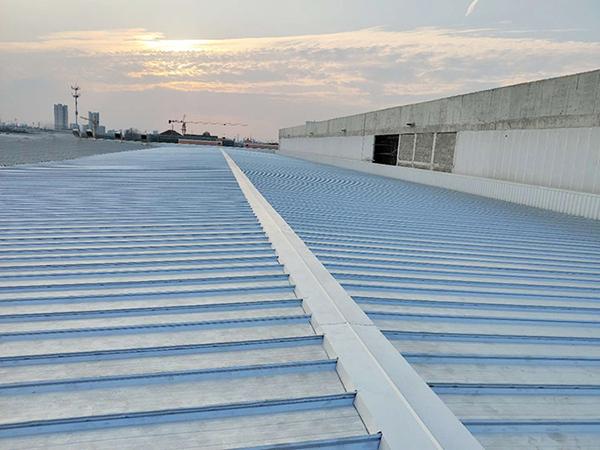 钢结构屋面改造